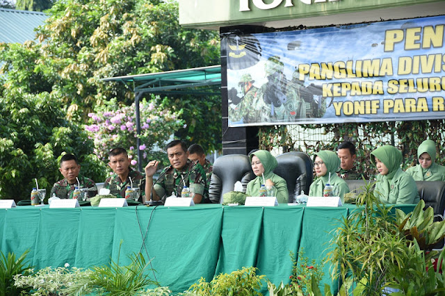 Kunjungan Kerja Pangdivif 1 Kostrad ke Mayonif PR 328 Kostrad