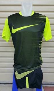 gambar jersey terbaru musim depan gambar detail Jersey setelan futsal Nike Flash Top warna hijau hitam terbaru 2015/2016