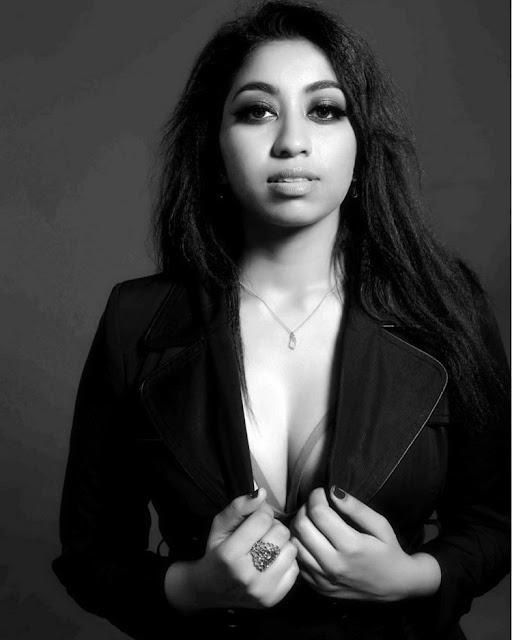 Akhila Pemmasani Hot Photoshoot Poses Navel Queens