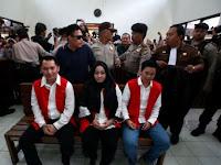 Bos First Travel Sebut Syahrini dan Vicky Shu Tak Digaji Dalam Bentuk Uang, Tapi . . .