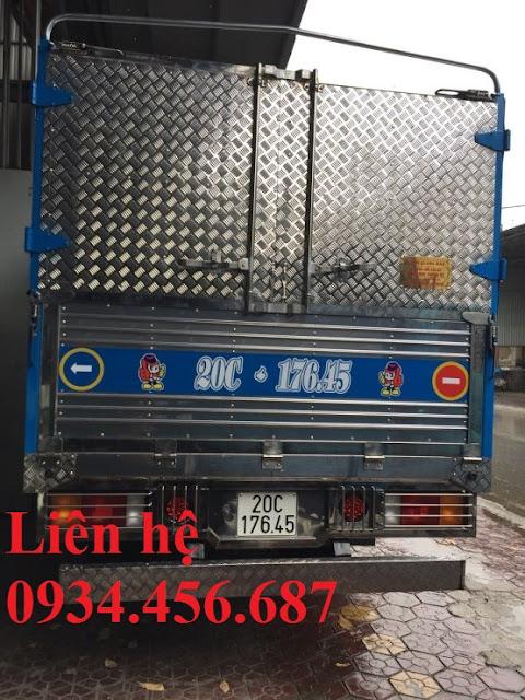 Đóng thùng xe tải Hyundai 110sp mui bạt