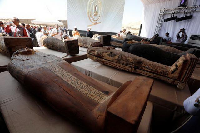 sarcófagos encontrados no Egito