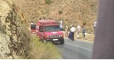 مصرع شخصين وإصابة أربعة آخرين بجروح في حادثة سير خطيرة بين كلميم و سيدي إفني