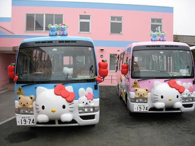 Hello Kitty school bus