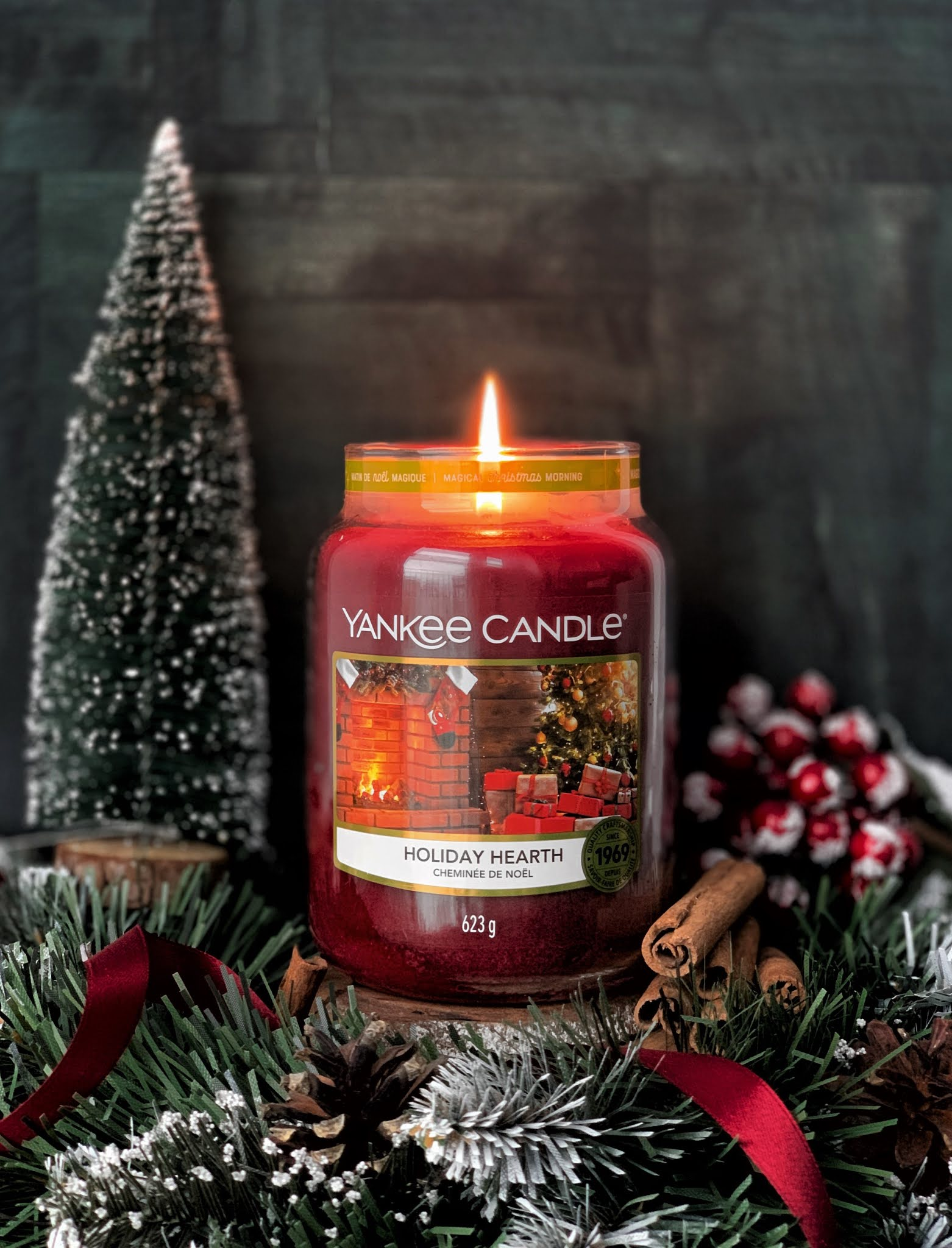 Holiday-Hearth-Yankee-Candle