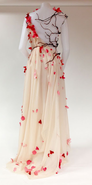 white-chiffon-dress-and-cut-out-silk-rose-petals