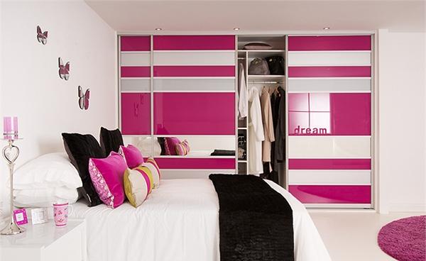 Lemari Pakaian Warna-Warni untuk Kamar Tidur Modern
