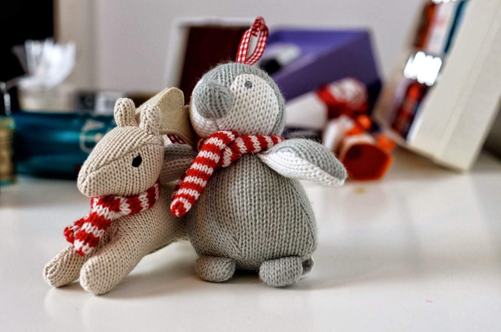 hand-made-Christmas-toys-cute-knitted-reindeer-snowman-dolls-image-photos.jpg