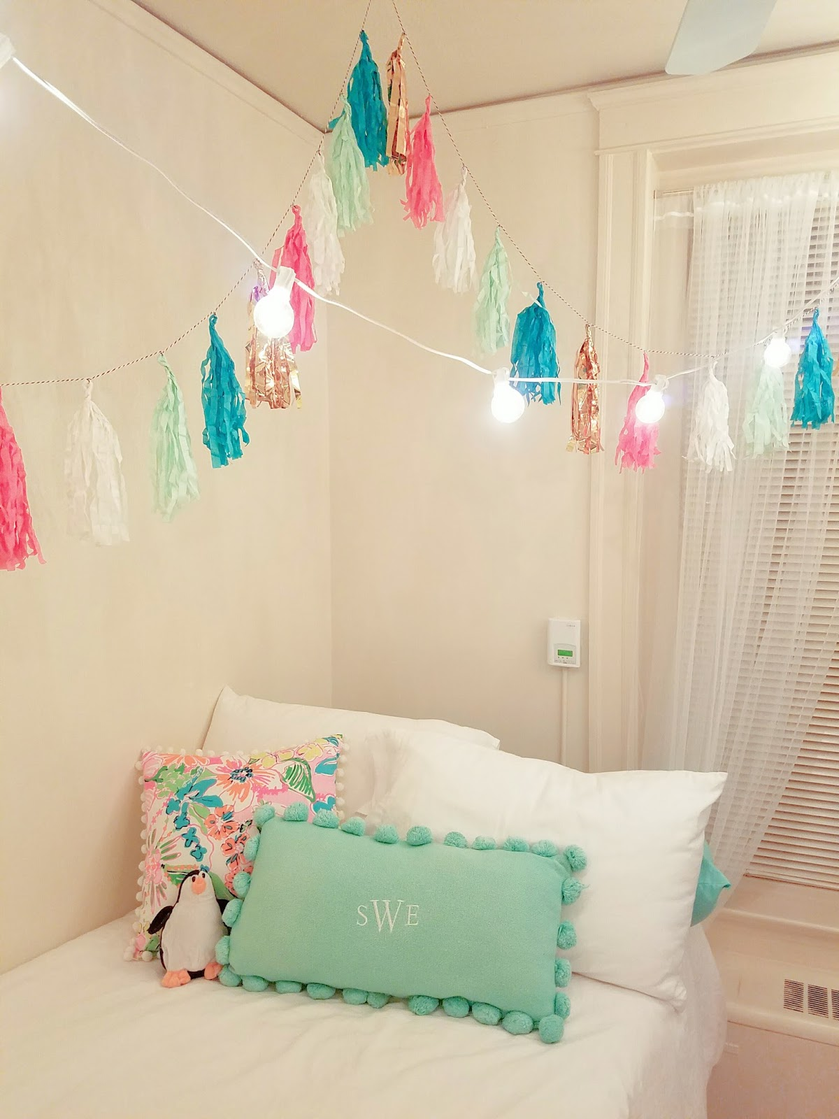 The Bella Insider Dorm Room