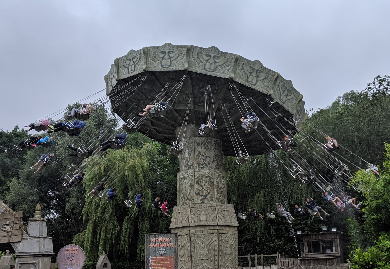 Exploring the Southern Merlin Theme Parks with Tweens  - monkey swings at Chessington