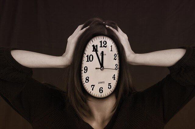 4 خطوات بسيطة لاستثمار وإدارة الوقت في الحياة !!