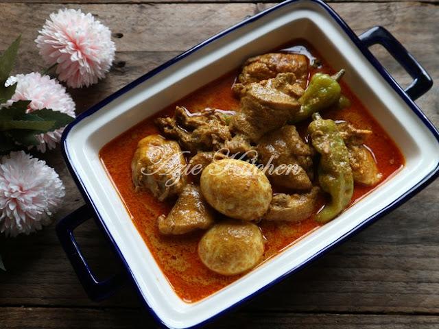 Gulai Ayam Kelantan