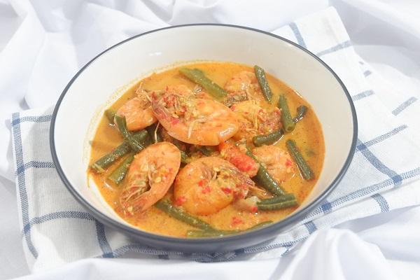 Cara memasak gulai udang masakan Padang