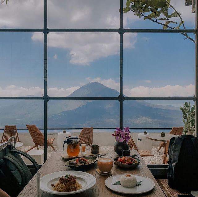 Ritatkala Cafe Kintamani Bali