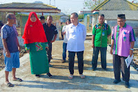 Bersama Kadis DKP Kobi, Anggota Komisi IV DPR RI Tinjau Aktivitas Pabrik Es dan Cold Storage di Kawasan TPI
