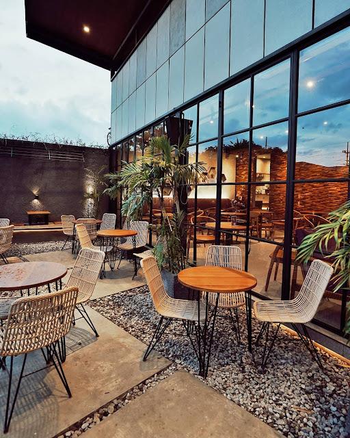 Nakoa Cafe Malang yang Instagramable