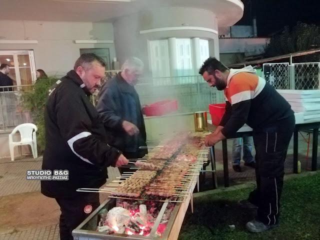 Με φωτιές, σουβλάκια και παραδοσιακό γλέντι άνοιξε το τριώδιο στο Άργος