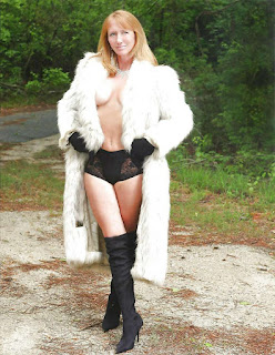Teen Nude Girl - HOTTIES in FUR(COATS) - 05