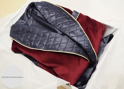 Luxus Samt Hausmantel Morgenmantel Herren edel exklusiv maßgeschneidert Dunkelrot Grau gesteppt Rot Gold lang gefüttert