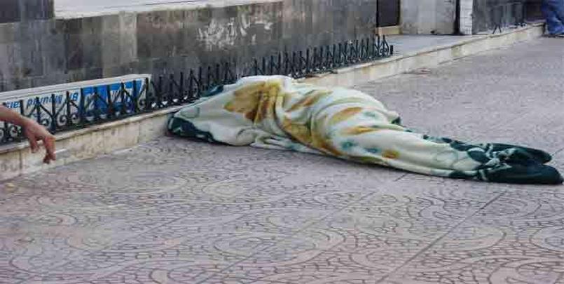 الأشخاص بدون مأوى نحو