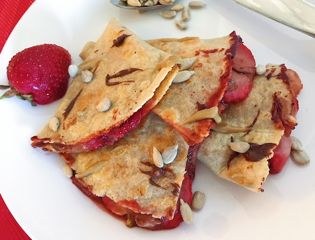 Strawberry Chunky Monkey Dessert Quesadilla (Gluten Free, Vegan)