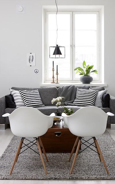 Casa nórdica en blanco y negro