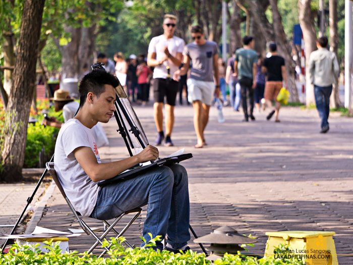 Hanoi Walking Street Hoan Kiem Lake Park
