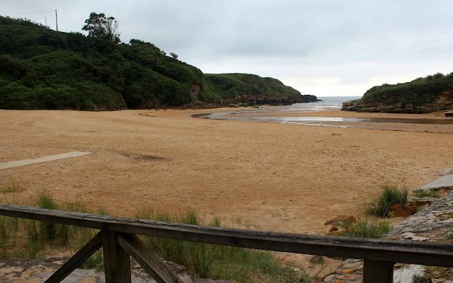 Playa de la Canal de Galizano. Ribamontán al Mar. Cantabria