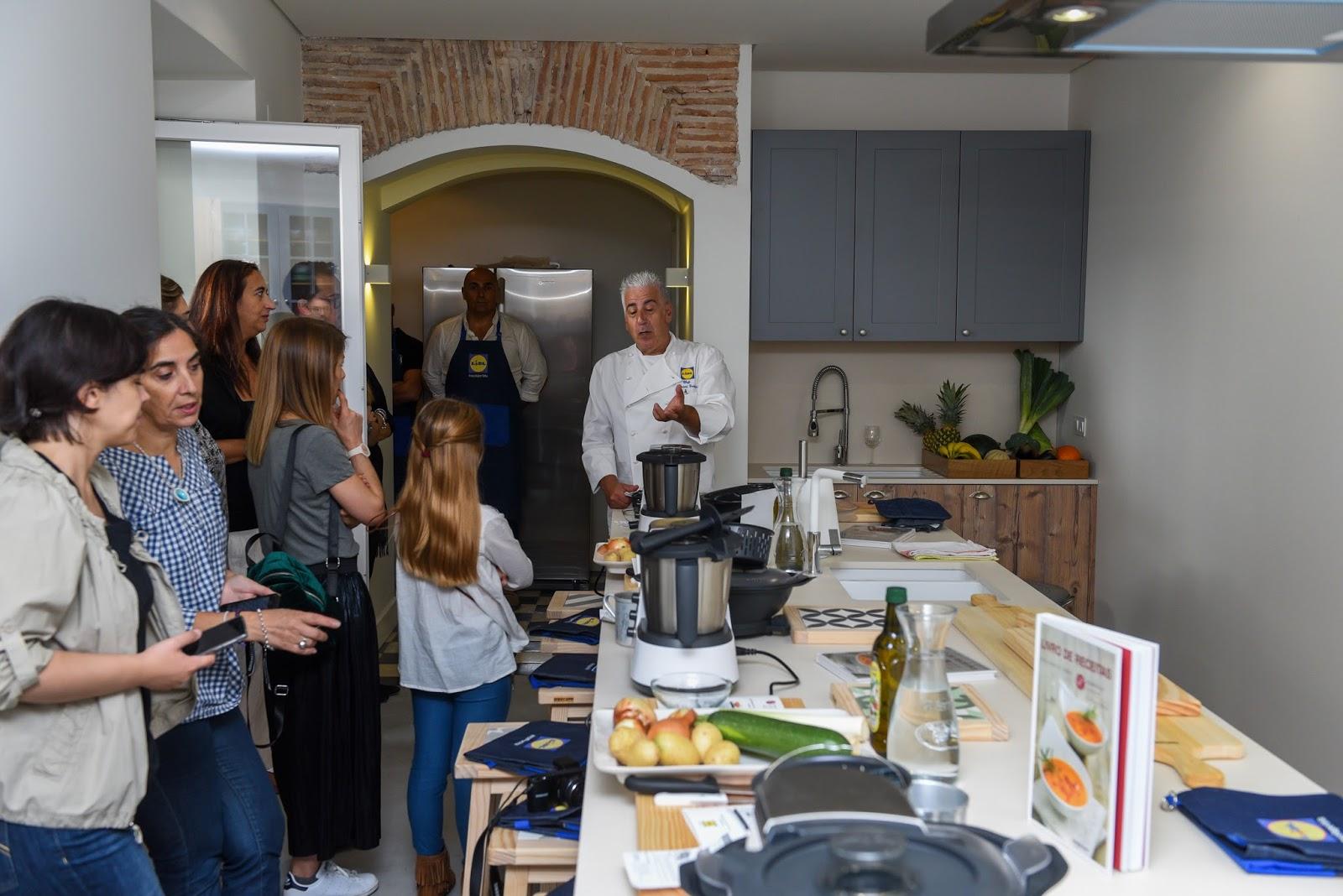 monsieur cuisine o novo robot de cozinha do lidl o barriguinhas. Black Bedroom Furniture Sets. Home Design Ideas