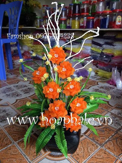 Hoa hong cam pha le
