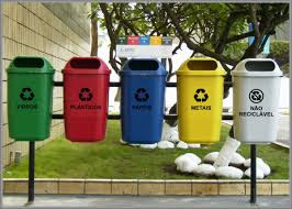 instalação de lixeiras seletivas para reciclagem nas escolas públicas e privadas.