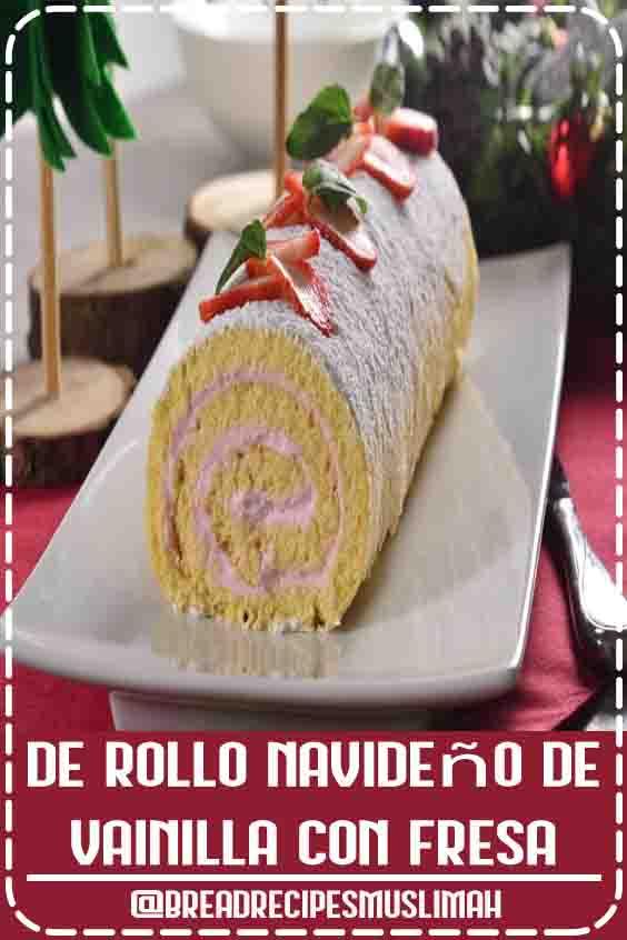 Este es un rico y esponjoso rollo de pan de vainilla con un cremoso relleno sabor a fresa y decorado con fresas naturales y un poco de azúcar glass. Perfecto para esta época de fiestas decembrinas. Pruébalo.  #fruit #bread #recipes