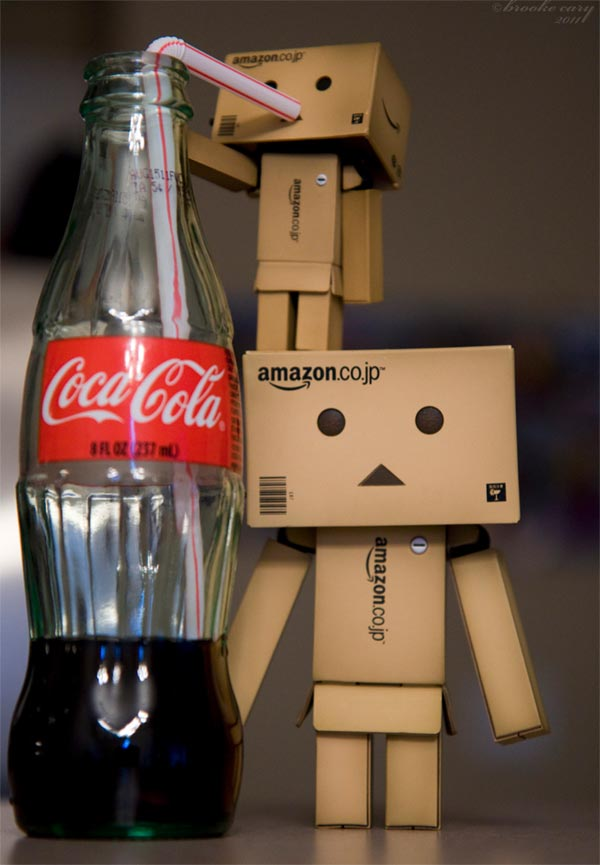 Cute Amazon Box Robot Wallpaper My Interests Again Danbo