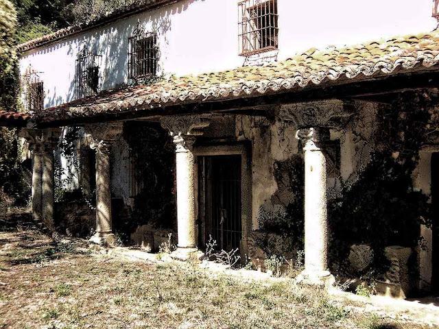 Mosteiro abandonado de São Jerônimo de Guisando, Ávila, Espanha