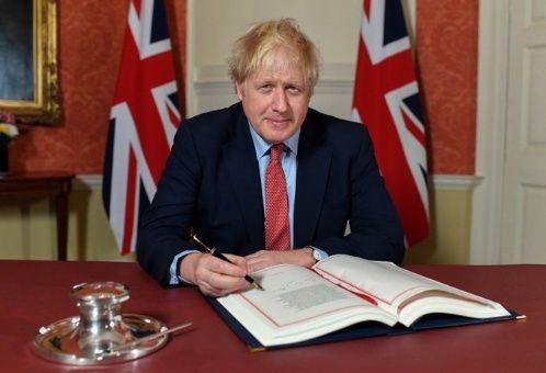 Primer ministro británico firma acuerdo del brexit