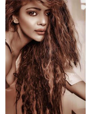 Beautiful Model Niharikaa Agarwal Hot photos 2018 ❤