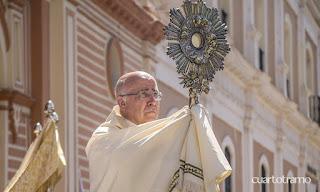 El obispo de Huelva bendecirá a la ciudad desde la puerta de la Catedral en un Corpus sin procesión