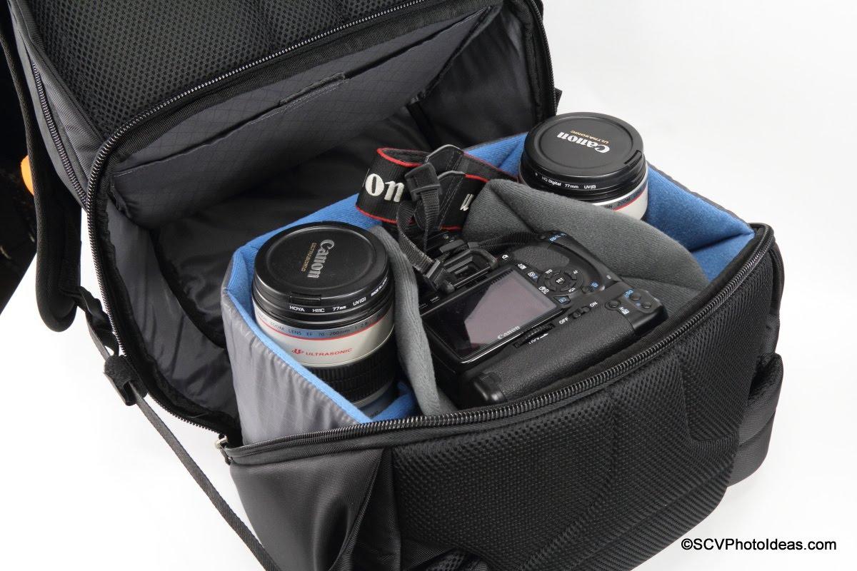 Case Logic DSB-103 main compartment w/ gripped medium size camera