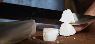 Το ακριβότερο τυρί του κόσμου φτιάχνεται από γάλα γαϊδούρας