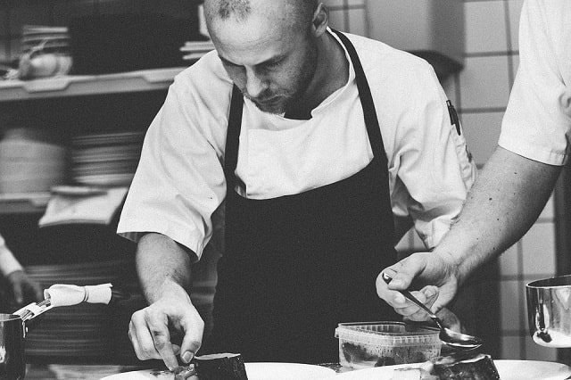 prevent contamination commercial kitchens restaurant sanitation