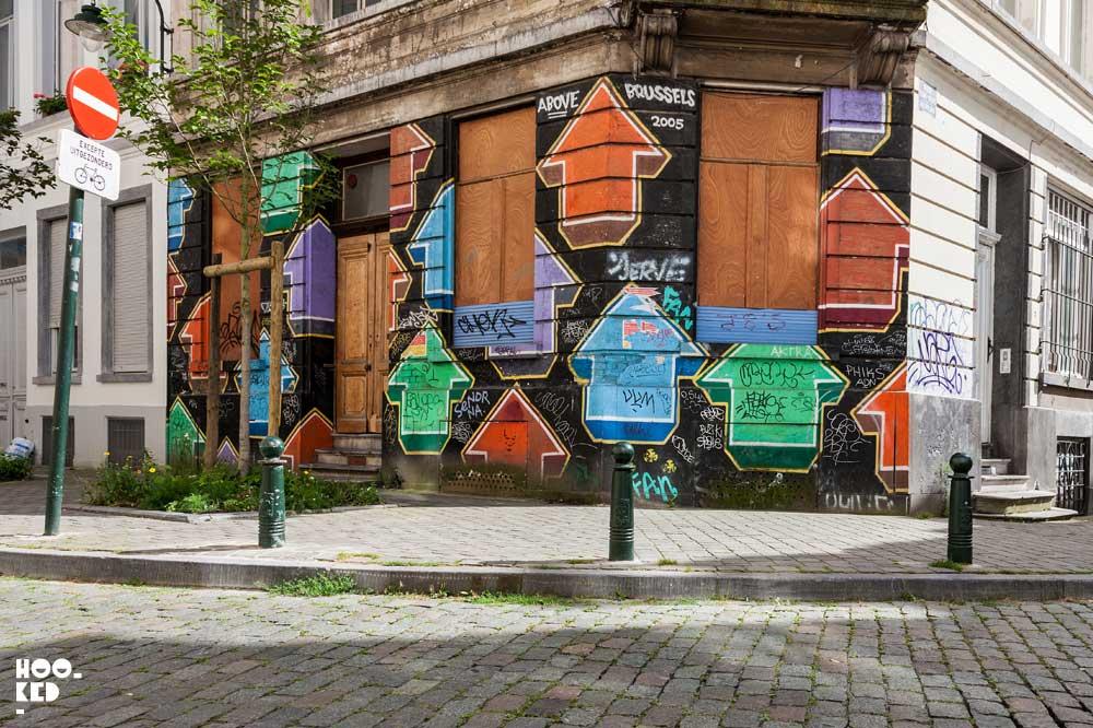 American Street Art Tavar Zawacki aka Above mural in Brussels