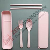 Souvenir Sendok Garpu Sumpit Plastik  Peralatan makan Plastik