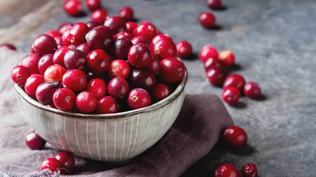 5 Best Benefits of Cranberry Juice for Women's Health