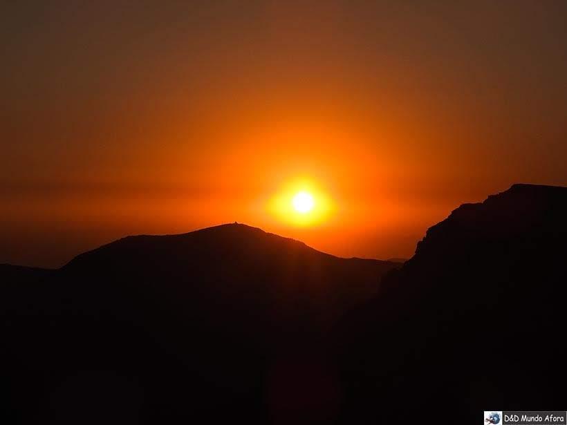 Lindo Pôr do sol no Valle Nevado no verão - Diário de Bordo Chile: 8 dias em Santiago e arredores