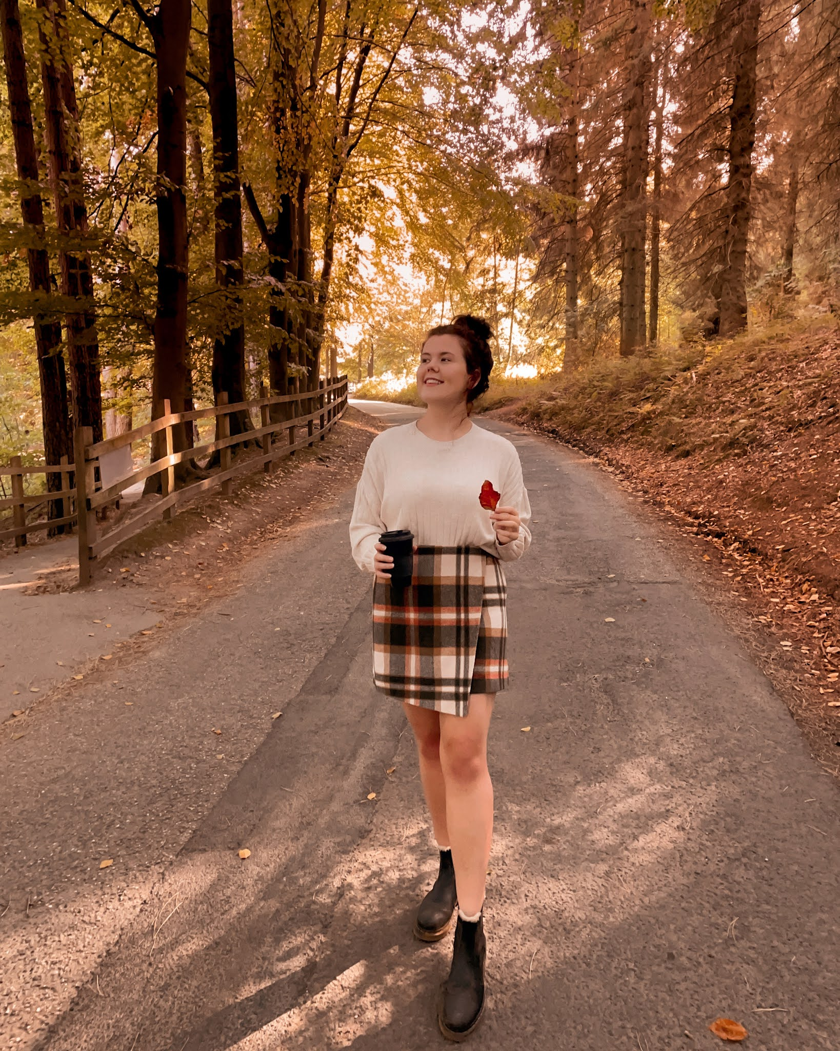 Early Autumn Fall Outfit Ideas