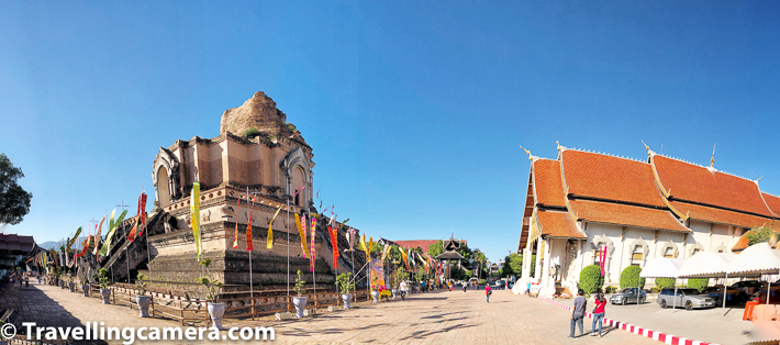 Wat Chedi Luang is located around the area where Weekend market takes place, so if you are there on a Sunday it's a bonus that you can explore this wonderful weekend market along with a visit to What Chedi Luang.
