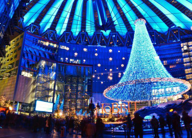 mercatini-di-natale-berlino-sony-center-poracci-in-viaggio