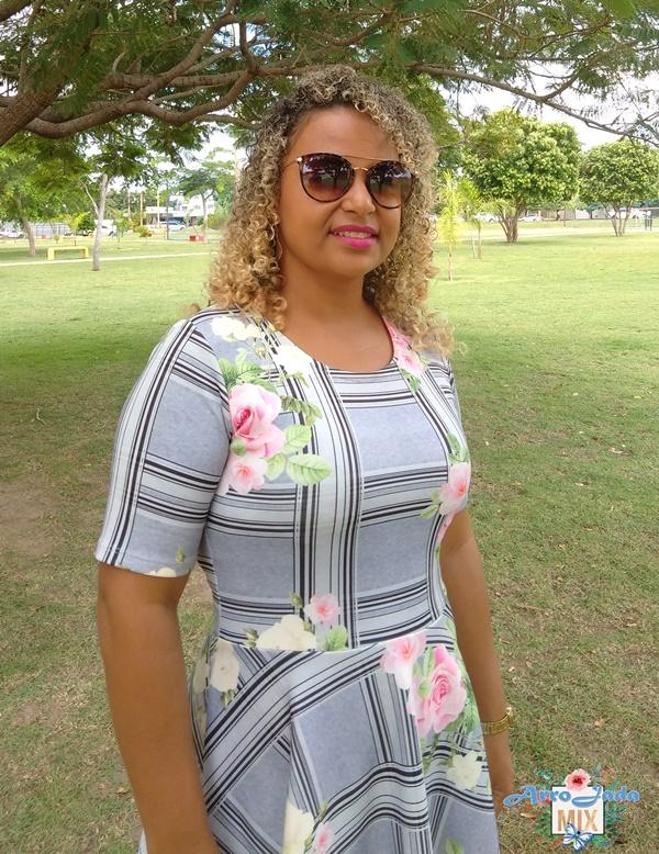 New Etic - Vestido Cinza Xadrez com Floral