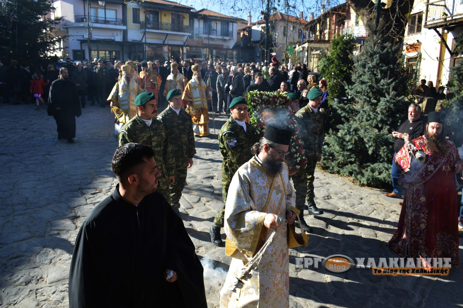 Η Αρναία  τιμά και γιορτάζει τον Πολιούχο της Άγιο Στέφανο.(φώτο)