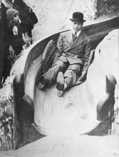 King-George-VI-sliding